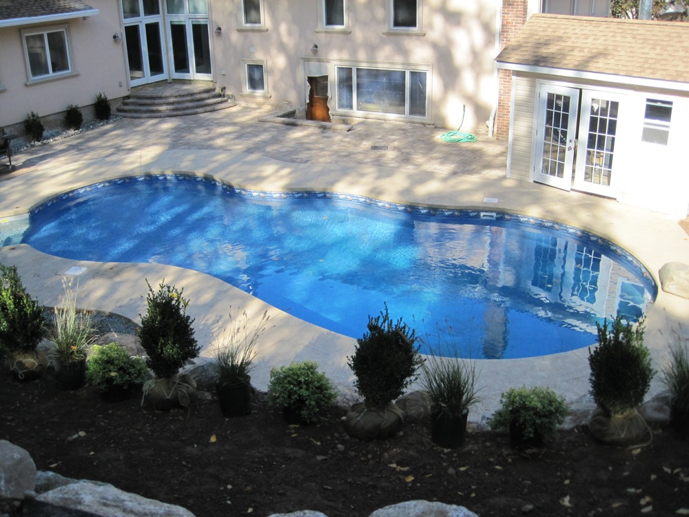 pools and walk 008